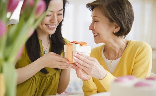 母亲节,真正的爱不在朋友圈,而在细水长流的日常!