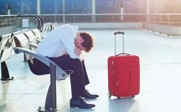 航班遭遇台风搅局,出行前你必须知道的6件事!