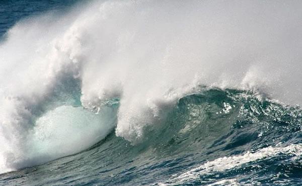 印尼发生7.4级地震引起了剧烈海啸!