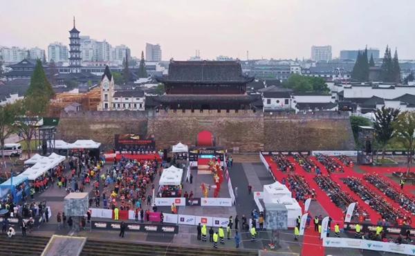 2018衢州TF国际铁人三项邀请赛 银盾保险经纪让运动勇往直前!