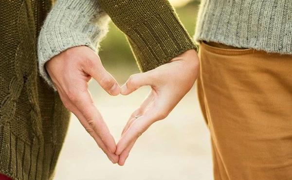 """已婚人士买保险的高级套路,""""夫妻互保""""学起来!"""