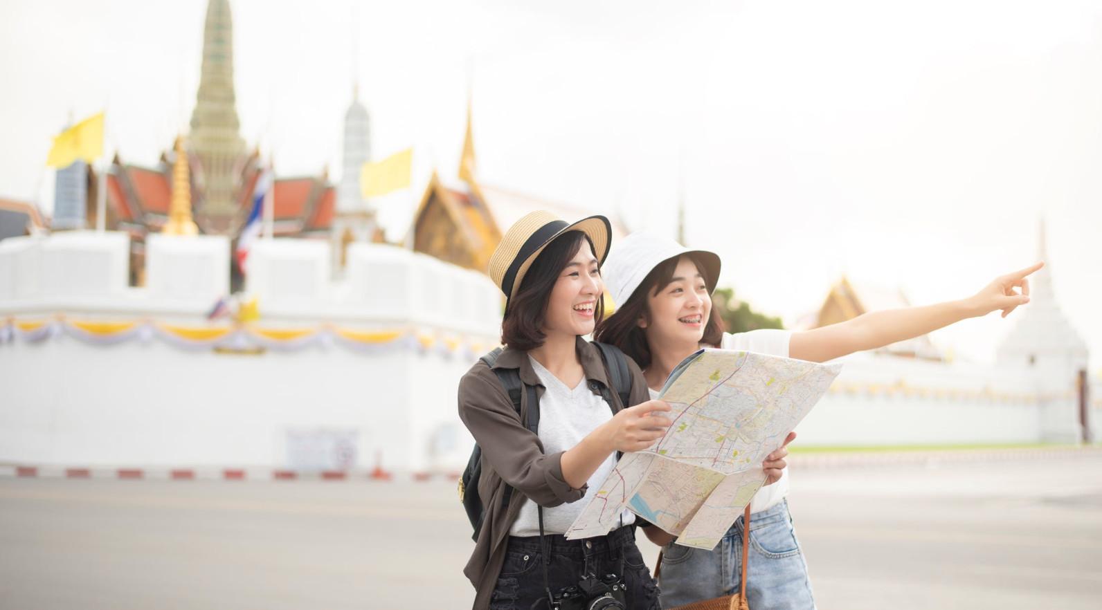 辟谣!泰国入境新规,没有70万重疾险不让进?